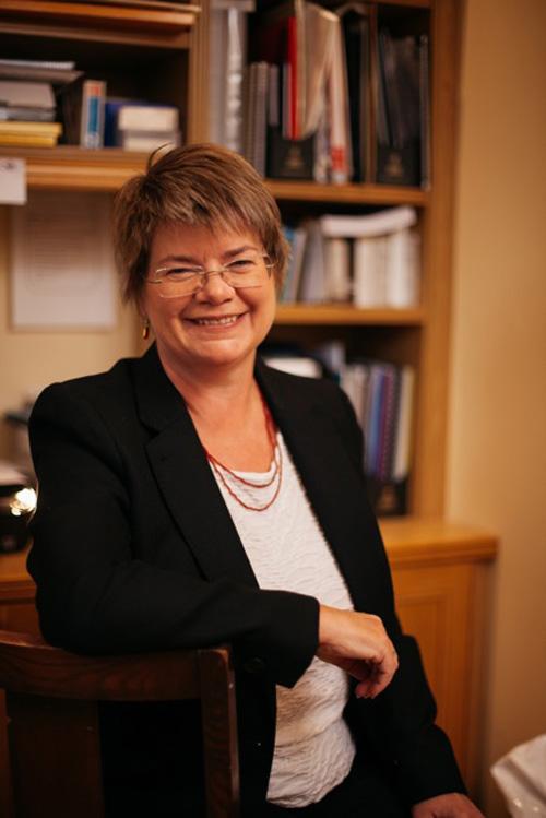 Lynne Ceeney