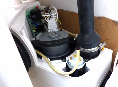 FlushMaster with cover removed