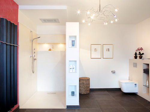 With wedi, there is truly no limit to perfectly tailored concepts, for example, with a functional family bathroom.